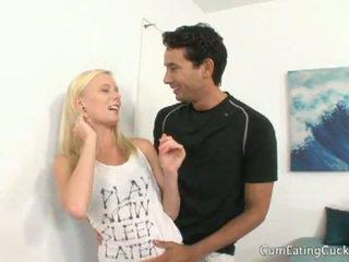 Elaina raye cheats na mož v spredaj od mu