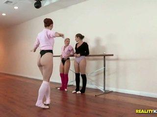 Lesbiete ballet klase par dani daniels un ashley fires