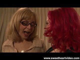 Nina hartley fucks a çişik readhead til they both gutarmak