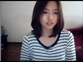 Söt tonårs asiatiskapojke webkamera