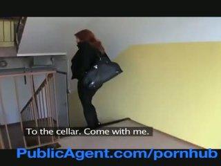 Publicagent แต่งงานแล้ว หัวแดง does ก้น ใน the cellar