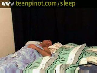 Punca beauty zajebal medtem spanje