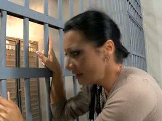 Prisoner's esposa follada