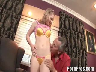 стар млад секс, how to give her oral sex