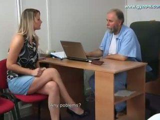 Samantha gyno eksāmens līdz gynecologist