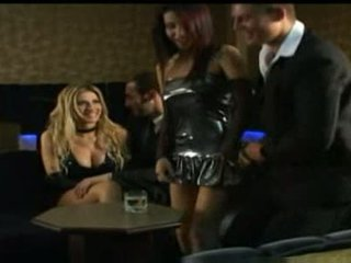 Monica mattos stripper getts dziļi anāls orgasms