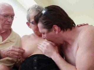 Vecmāte un vectēvs ar puika, bezmaksas vecmāte puika hd porno a1