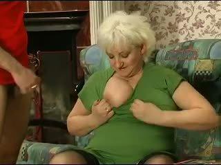 Blond grannie - punishment turns til sex