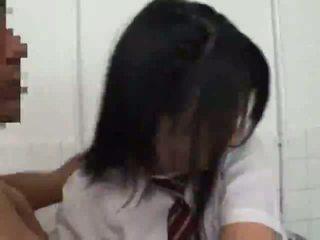 متلمس و مارس الجنس في مدرسة مرحاض