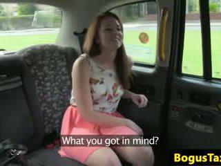 Skanky nipplepierced amateur fucked on backseat of cab