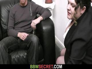 Isteri finds bbw dengan beliau hubby