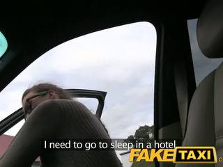 FakeTaxi Stranded french tourist earns extra cash