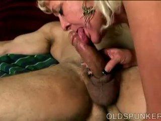 Geil oud spunker loves naar neuken en de taste van sperma