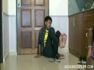 pojke, fot, unga asiatiska jungfrur