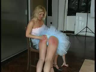 Ballet dancer spanked жорсткий по вчитель відео