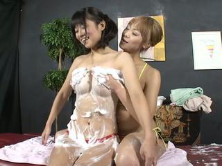 Lesbian beauty salon soapy tubuh mencuci 2 (censored jav)