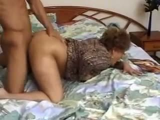 Another Oldy Getting a Pounding, Free Porn 69