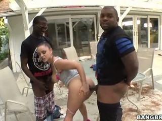 An innocent inilti female grup seks tarafından çıplaklar men
