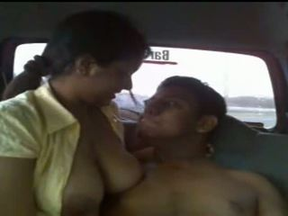 Pamje real lanka seks video - publicly taped sexy adoleshent çift