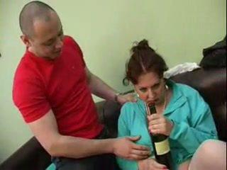 Guy прецака негов пиян мама