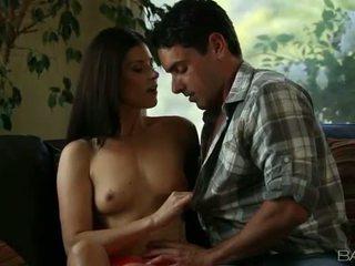 brunette vol, hardcore sex meer, orale seks kwaliteit