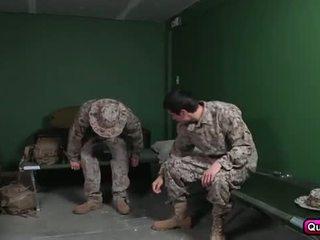 puisis, homoseksuāls, militārs