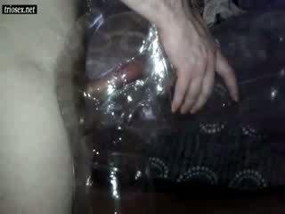 Cochon guy baise sexe poupée