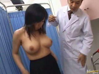 Ázsiai szajha sucks rod