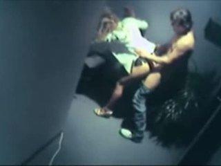 Спіймана having секс на безпеку камера