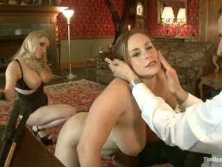 Guest asszony aiden starr comes hogy a upper padló hogy játék -val ház slaves