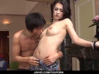 Menakjubkan maria ozawa receives two cocks dalam beliau