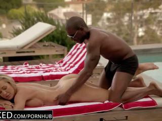 Blacked adultère milf brandi loveã¢â€â™s première grand noir bite - porno vidéo 931