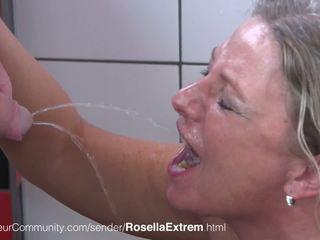 주사위 geile 엄마는 내가 엿 싶습니다 rosellaextrem trinkt pisse: 무료 고화질 포르노를 b0