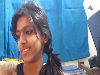 Non-nude más caliente india escuela chica en webcam - desibate*