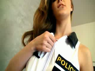Dangerous polis kvinna
