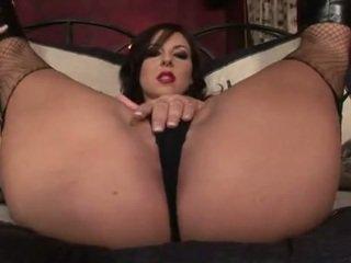 Brunete skaistule teasing un masturbācija