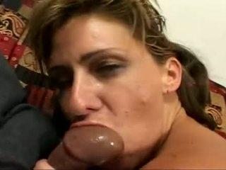 Cougar pute phyllisha anne getting sloppy chatte screwed ans elle gets visage baisée