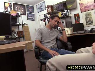 Handsome heteroseksuale dude loves kokosh