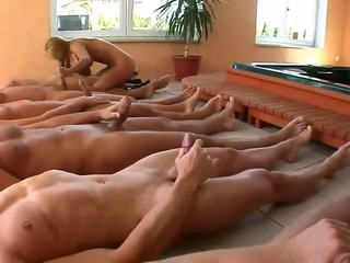 Five stiprs dicks par viens netīras blondīne paklīdusi sieviete