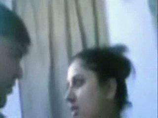 Intialainen läkkäämpi pari helvetin hyvin kova sisään kylpyhuone