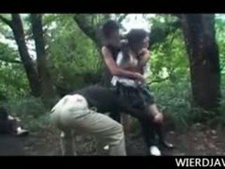 Jap lalka w szkoła uniform raped i wykorzystane w na zewnątrz