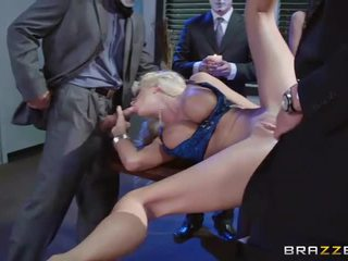 Busty Courtney Taylor Dped n facialized
