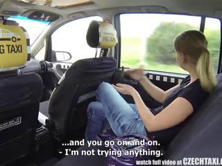 Cseh taxi - szőke tini gets lovaglás a neki élet