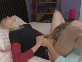 pussy lízání, ložnice, lesbička