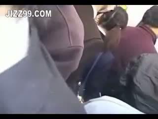 Japonesa aluna ejaculação interna fodido em comboio 02