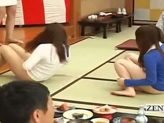 Subtitled bottomless japansk embarrassing gruppe spill