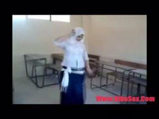 Arab egypte dance ב בית ספר