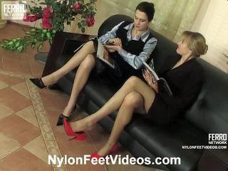 Dolly ja joanna ilkeä nailon jalkaa video- toiminta