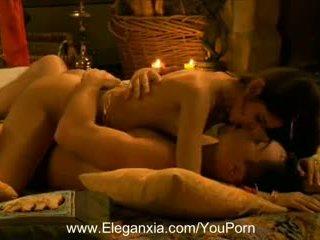 Erotisch und hübsch couples sex