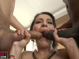 Cindy Loarn Getting a Rough Interracial Gaping Assfuck